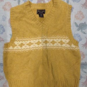 ABERCROMBIE AND FITCH WOOL VEST